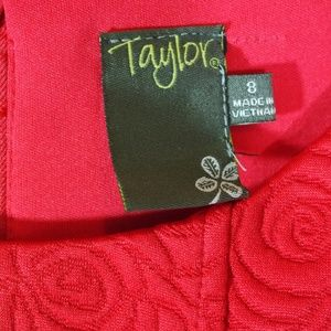 Taylor Dresses - NWT Taylor Red Jackard Rose Fit Flare Dress Size 8